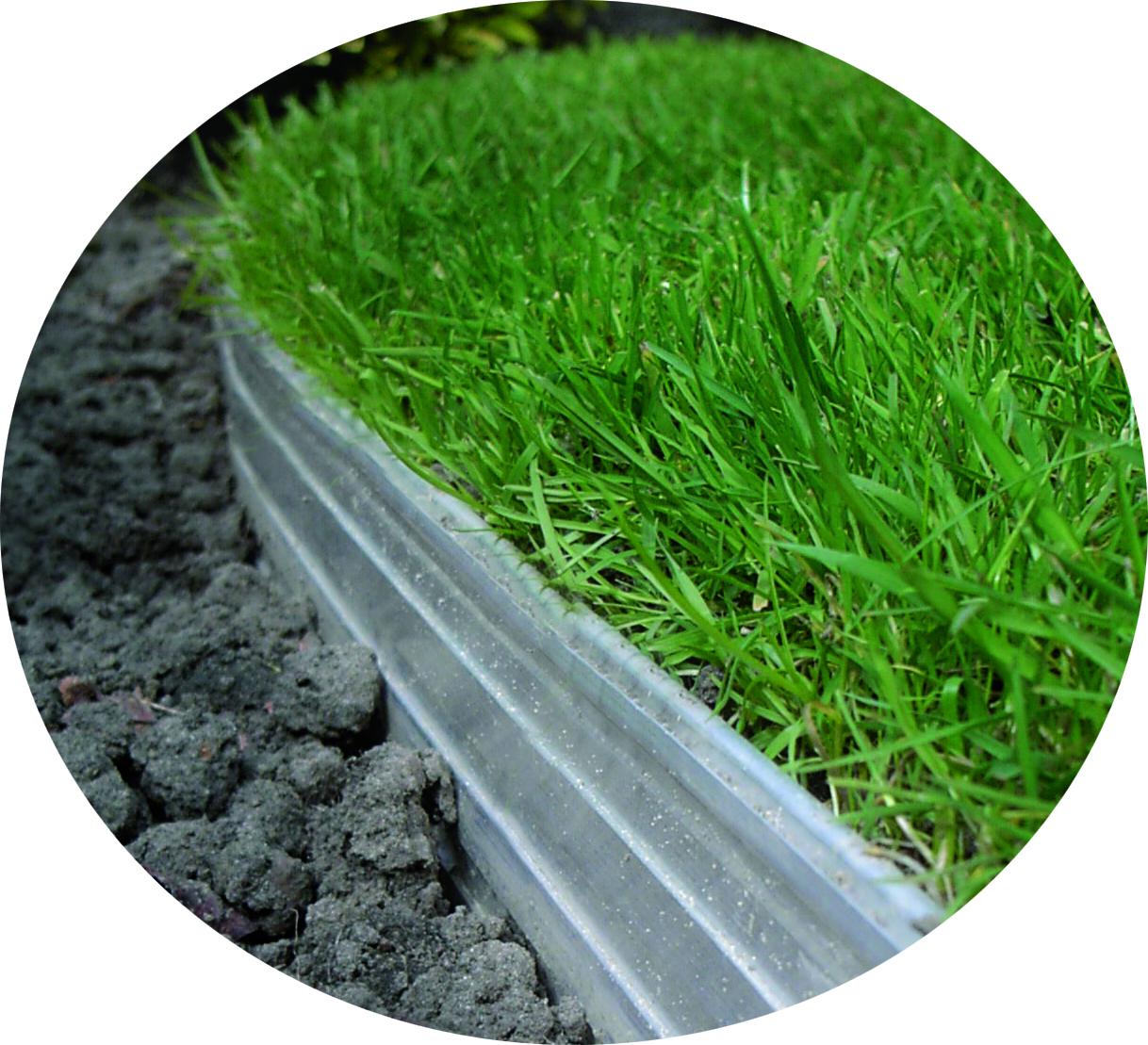 Rite-Edge mellan gräs och rabbatt