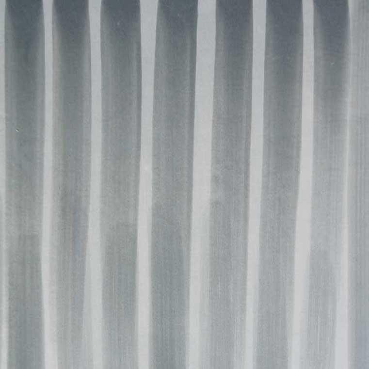 deco-basic grå9 - relief. Ränderna är gjorda med en platt pensel i två gråa nyanser.