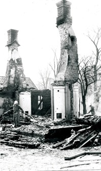 Allt började med Nohlgårdens ladugård - här bostadshuset också nedbrunnet!