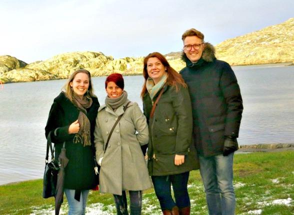 Sara, Louise, Katharina & Martin. När vi rekade potentiella festlokaler vid havet för några veckor sen. Foto: Privat.