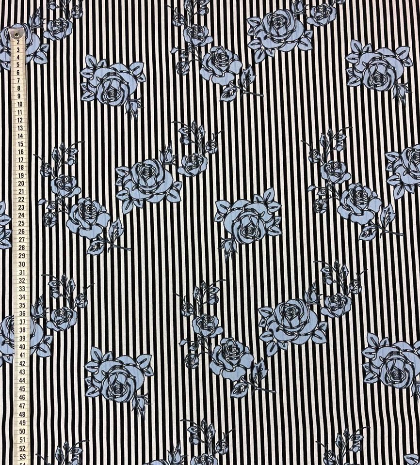 rosrand vävt tyg metervara jeansblå blå randig tyg