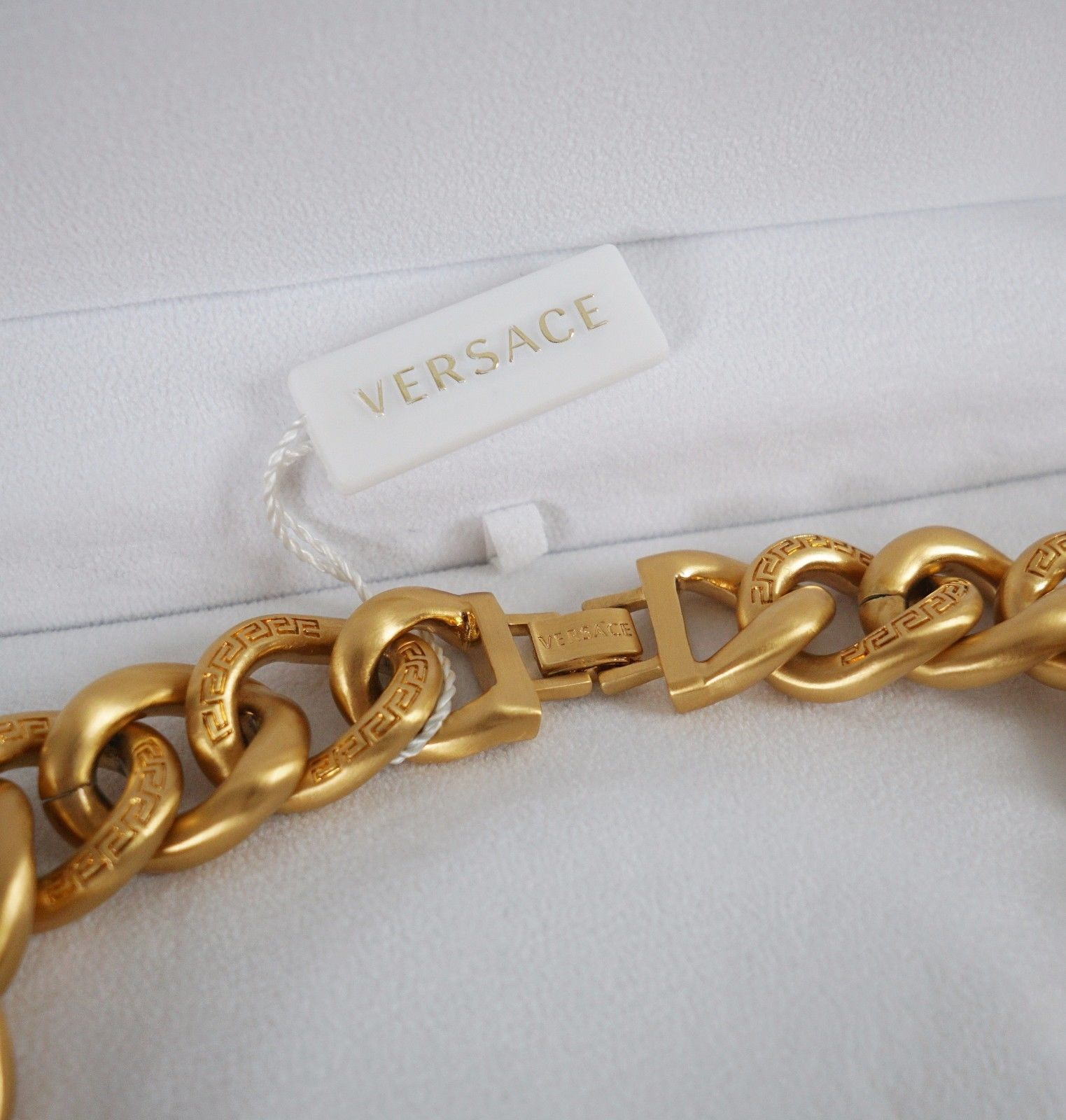 Versace Iconic 3 Medusa medallions chain necklace_4