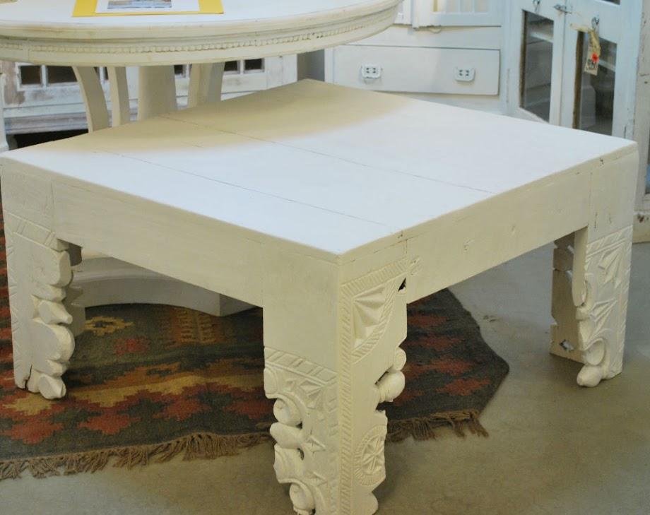 underbara soffbordet vit