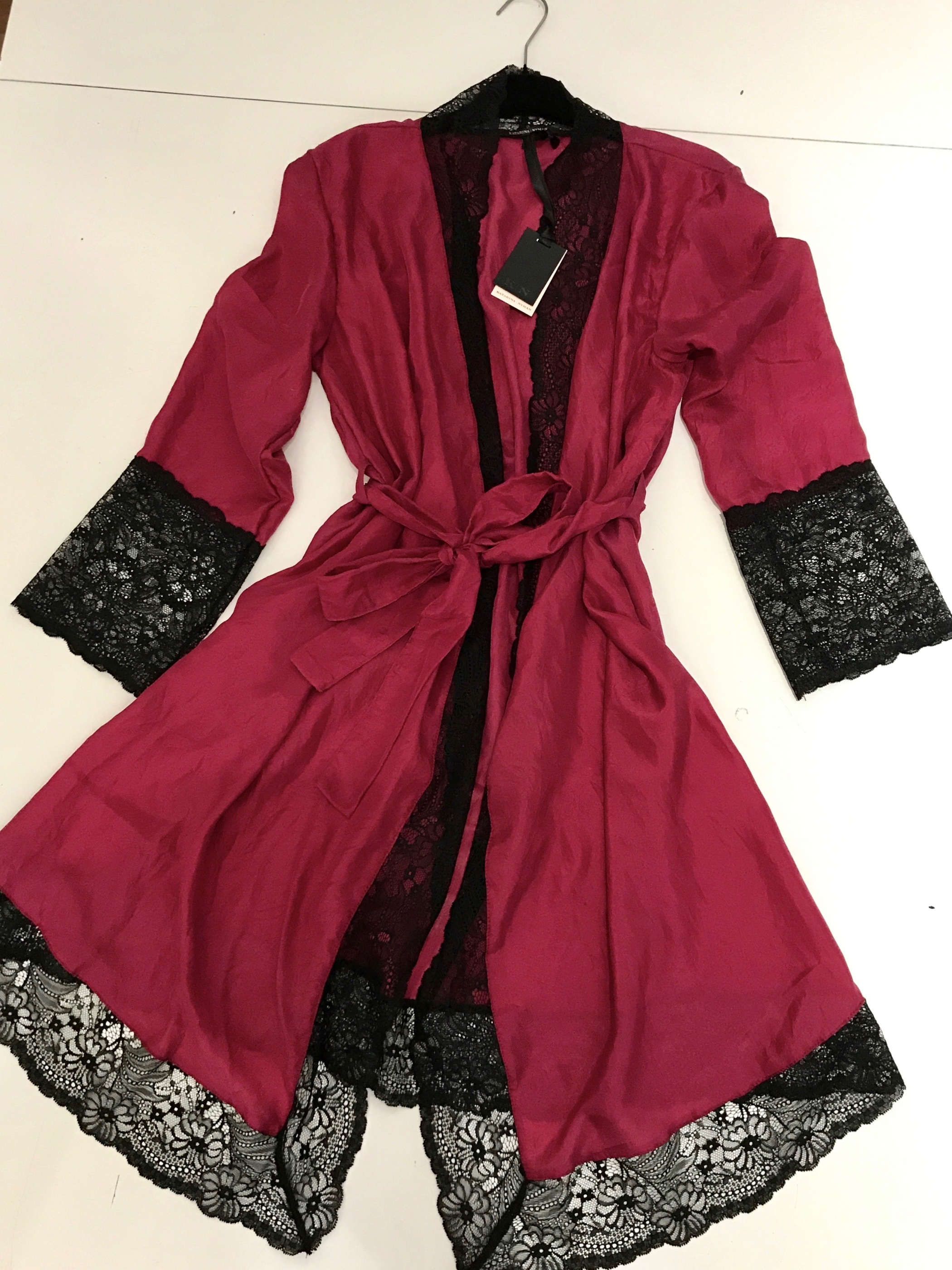 Lydia kimono hallon/svart