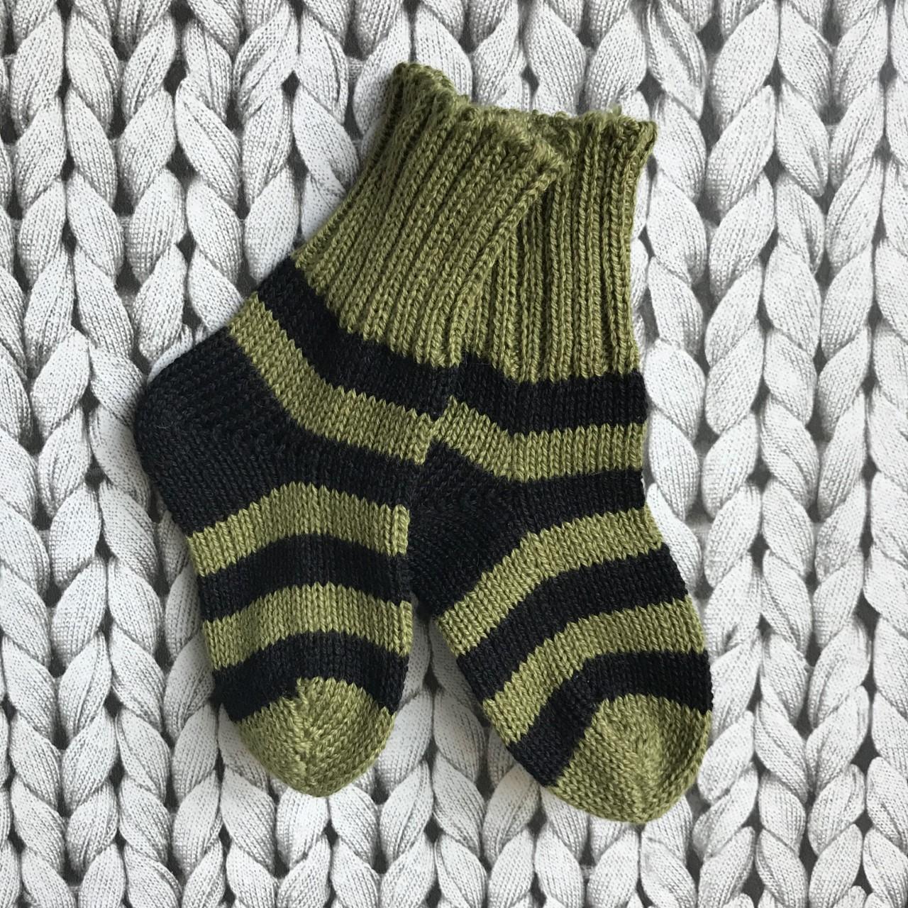 grön/svart barnsocka