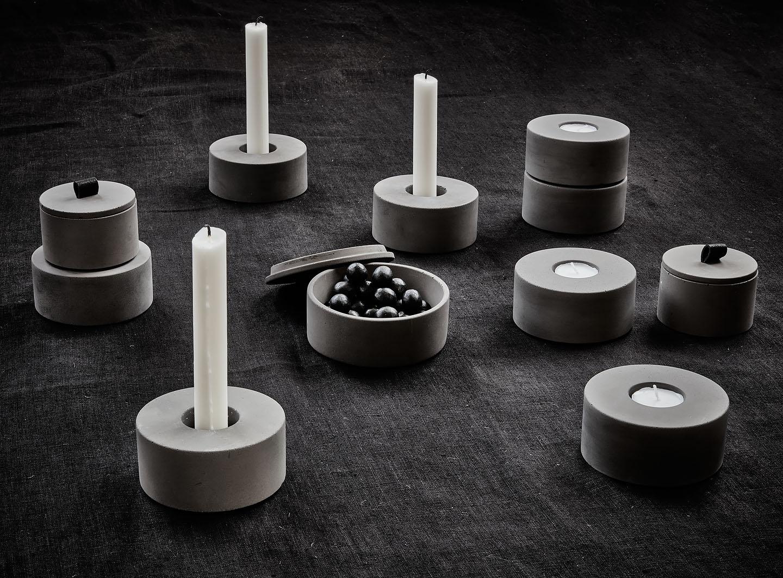 Village. Ljusstakar, skålar betong.