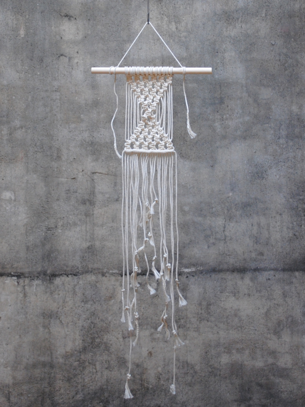 Frosta design. DIY väggbonad Alm makramé