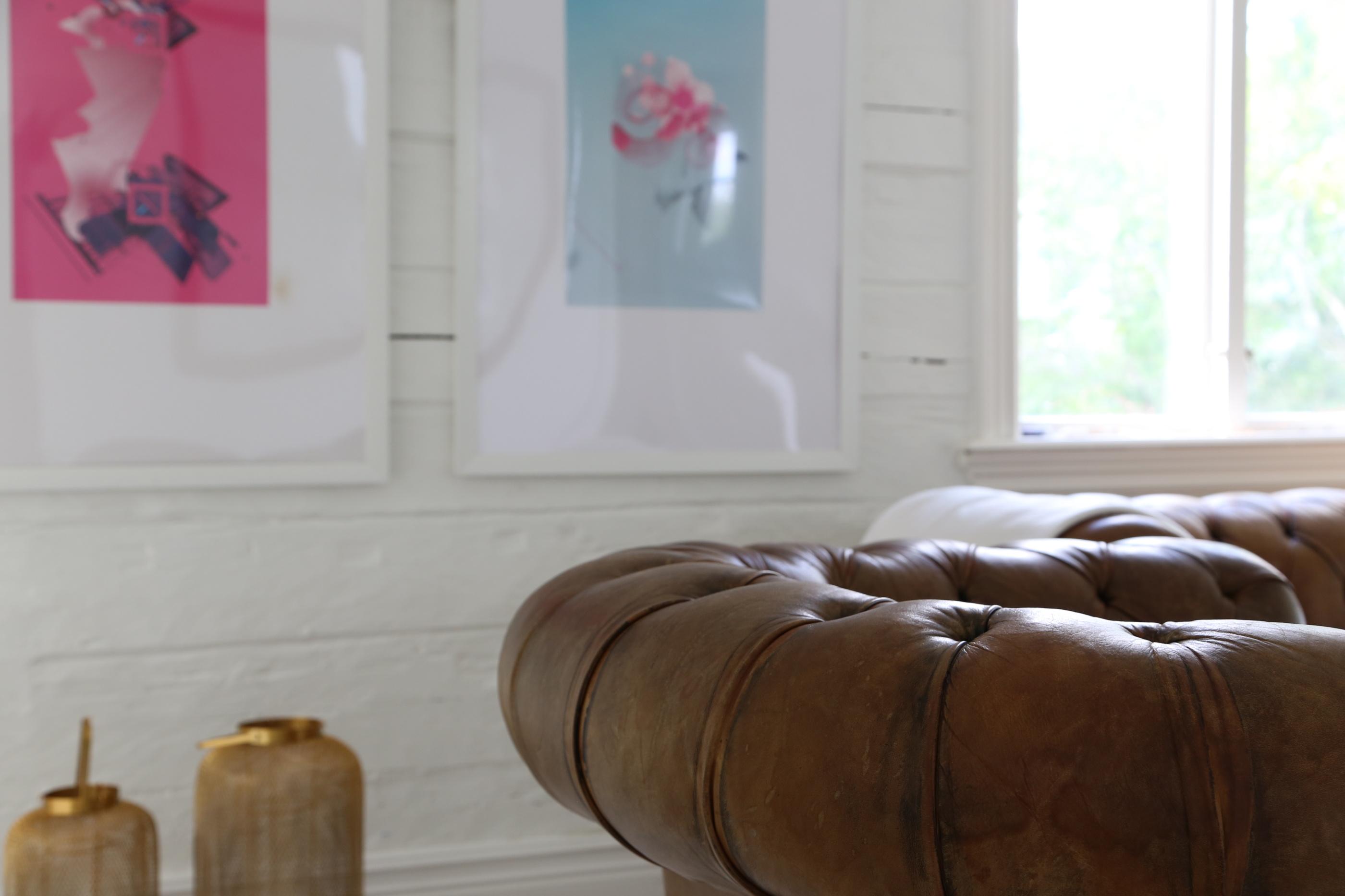 Vardagsrummet i Everts hus på Kavö.