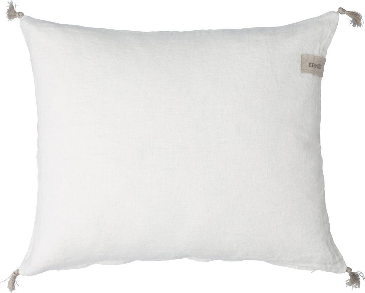 ernst kudde vit med tofsar